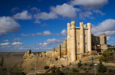 castilla y leon: Ruins of Castle at Valencia de Don Juan, Castilla y Leon, Spain