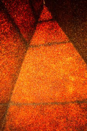 Beeld van amberpiramide in Yantarnoe, Kaliningrad-gebied, Rusland Stockfoto