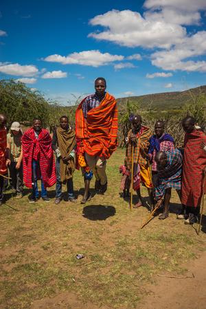 Masai village, Kenia - Novembre 01, 2017, Ritual of jumping in Masai village, Kenia Éditoriale