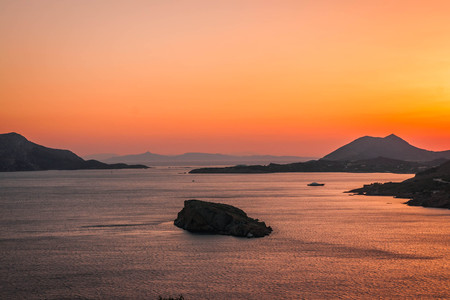 Sunset at Cape Sounio in Attica in Greece 免版税图像
