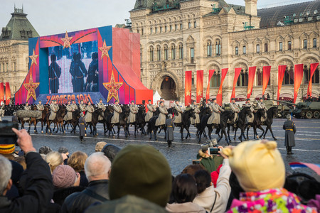 MOSCOW - NOVEMBER 07,2018:  Military parade dedicated to the hisorical parade held in 1941 on the Red Square.  Public event. 報道画像