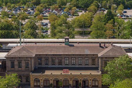 Erlangen, Germany, August 18, 2019: Aerial View of the Train Station in Erlangen Germany Standard-Bild - 138214370