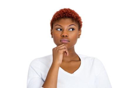 Close-up portret jonge vrouw denken dagdromen diep over iets kin op de hand weg te kijken Stockfoto