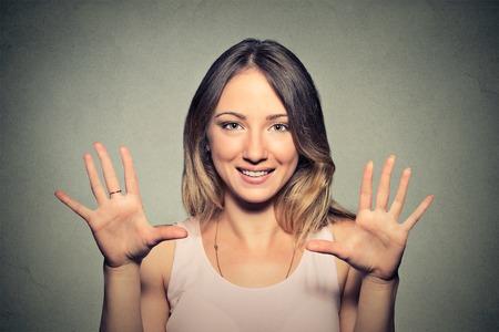numero diez: Positivos emoción humana sentimientos de expresión facial, símbolo actitud