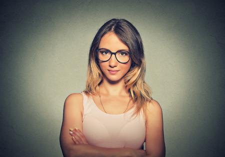 ojo humano: Mujer joven atractiva con gafas Foto de archivo