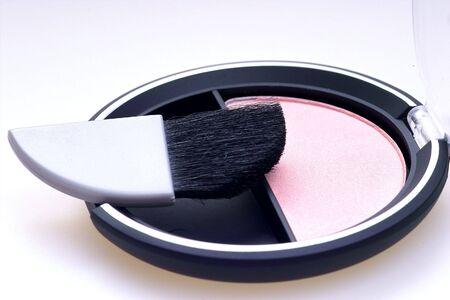 rouge: rouge kit with brush