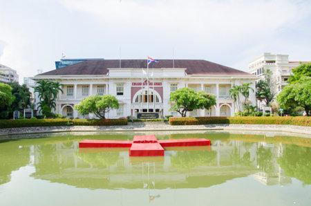 rood kruis: thai rood kruis Redactioneel