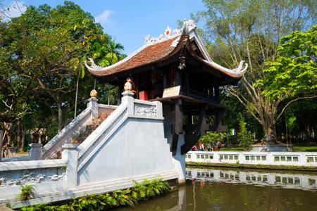 mot: HANOI, VIETNAM - JANUARY 10, 2016: Ancient Buddhist temple one pillar Pagoda. The main attraction of Hanoi