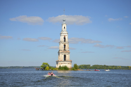 uglich russia: KALYAZIN, RUSSIA - AUGUST 22, 2015: View of the bell tower of St. Nicholas Cathedral in the Uglich reservoir