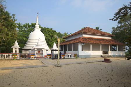 maha: Buddhist temple Gangarama Maha Vihara in Hikkaduwa. Sri Lanka