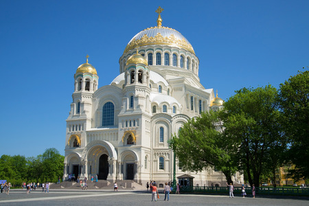 st petersburg: KRONSTADT, RUSSIA - MAY 24, 2014: Marine St. Nicholas Cathedral on the Anchor square, sunny may day Editorial