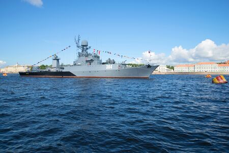 anti season: SAINT PETERSBURG, RUSSIA - JULY 25, 2015: View of the small anti-submarine ship Urengoy in the waters of the Neva. Navy day in St. Petersburg