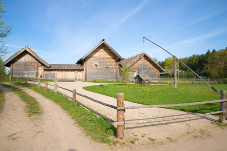 eighteenth: Reconstruction of a prosperous peasant farmsteads of the eighteenth century. The village Bugrovo, Pushkinskie Gory, Russia Stock Photo
