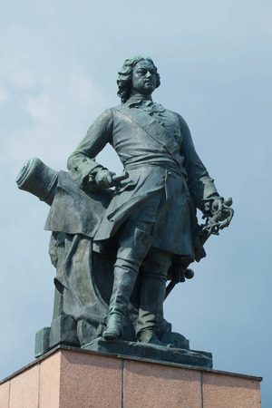 peter the great: Sculpture of Peter the great closeup on background of cloudy sky. Vyborg, Russia