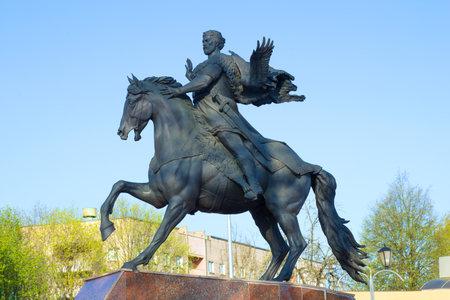 POLOTSK, BELARUS - APRIL 28, 2019: A sculpture of Prince Vseslav close-up against a blue sky Publikacyjne