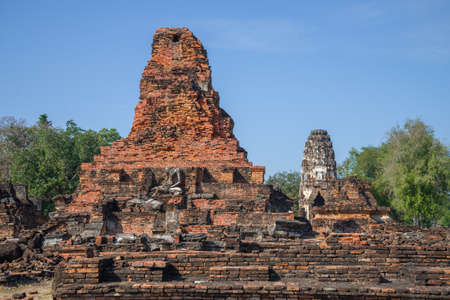 On the ruins of the ancient Buddhist temple Wat Phra Pai Luang on a sunny day. Sukhothai, Thailand Stok Fotoğraf
