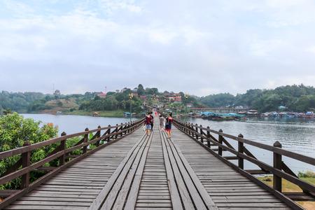 태국의 가장 긴 목제 다리 (월 다리)