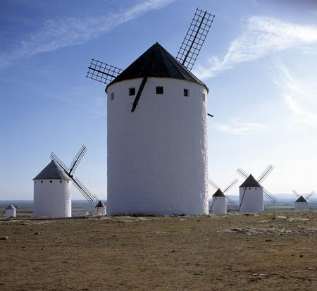 belmonte: Windmills, Belmonte la Mancha, Spain