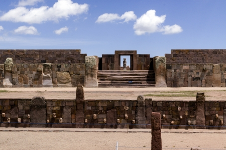 Stone Heads, and Entrance to Kalasaya Compound, Tiwanaku, Bolivia  Stock Photo - 17859367