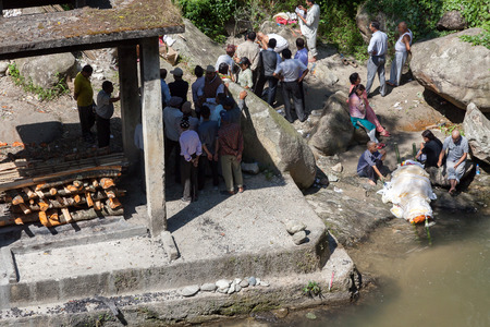 cremation: Cremation by river in Sikkim, India.