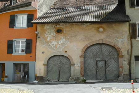 casa vecchia: Vecchia costruzione a Rheinfelden in Svizzera