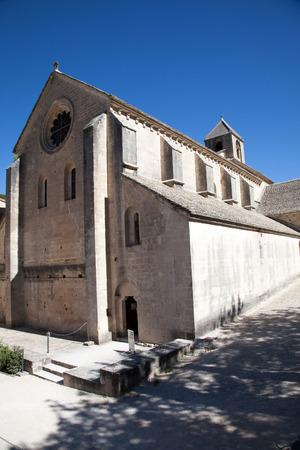 abbaye: Abbaye Notre-Dame de Snanque near Gordes, Provence, France