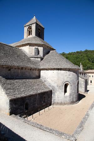 gordes: Abbaye Notre-Dame de Snanque near Gordes, Provence, France