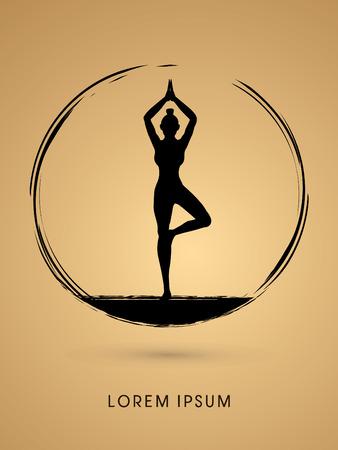 Actitud de la yoga diseñada usando cepillo del grunge de gráficos vectoriales.