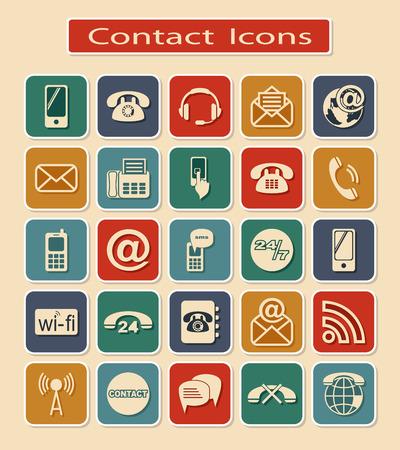 Conjunto de iconos de contacto. Las signaturas de los Medios de Comunicación sobre un fondo claro.
