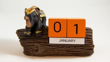 elephant calendar resin 01 Jan date - Thai souvenir