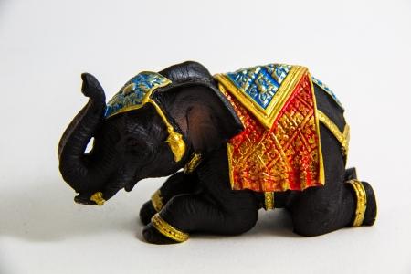 Elephant Schwarz Farbe Kr�he Dekor auf wei�em Hintergrund - Thai Souvenir