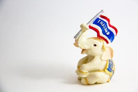 Elephant Waving Flagge Drucken von Thailand auf wei�em Hintergrund Lizenzfreie Bilder