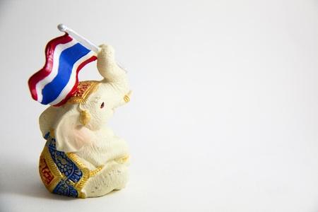 Elefant, Flagge Drucken von Thailand auf wei�em Hintergrund