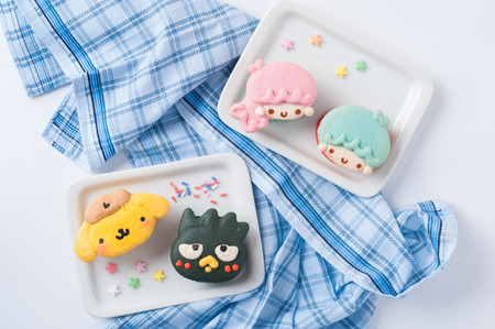 pompom: CHIANGMAI, THAILAND - JANUARY 20, 2016:Sanrios cartoon character macaron including Little twin star, Badtz-Maru, and Pompom Purin. Editorial