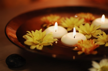 Aroma Bowl With Candles And Flowers  Stock Photo - 19019678