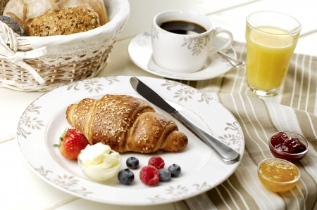 breakfast arrangement, very shallow DoF