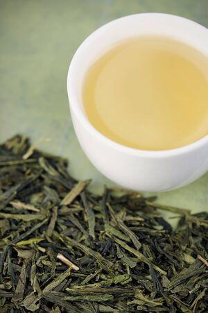 Yeşil çay gevşek yeşil çay Bancha ve fincan, çay seçmeli odak