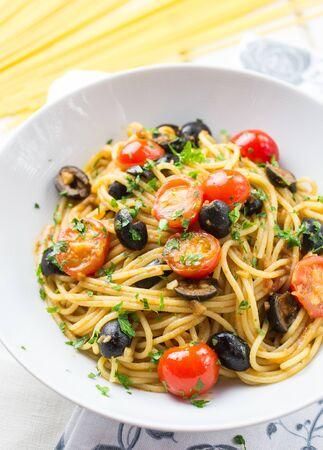 Italian spaghetti puttanesca pasta