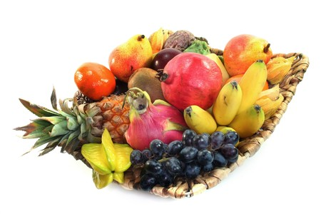 fruit mix: Mix of native and exotic fruits in the basket
