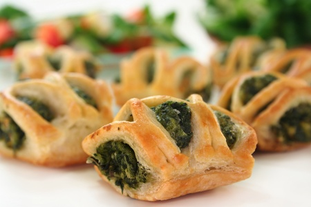 pastry bag: Puff pastry with a spinach-cheese filling and corn salad