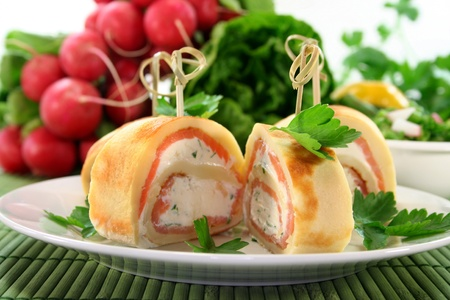 filled roll: stuffed pancakes with smoked salmon and herb cream cheese