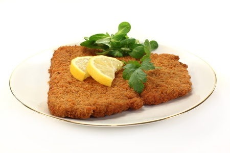 breaded: Viennese-style schnitzel with lemon and parsley