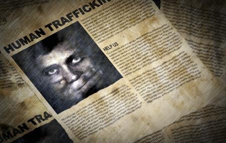 oude krant: Oude bestanden in het water met informatie over mensenhandel met selectieve focus: NB-Alles wat ik eruit artefacten is van opzet toe te voegen aan de samenstelling effect.Texture en graan werd toegevoegd Stockfoto