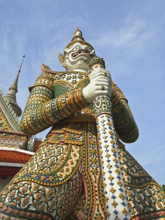 standing of big thai giant in Arun temple