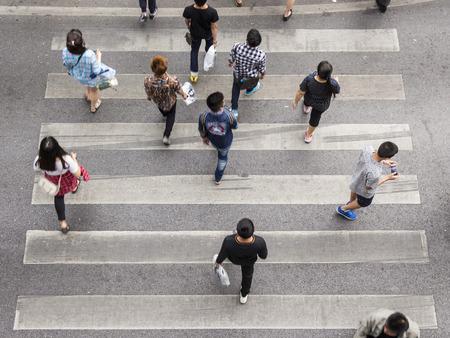 top view scene pedestrian crowded crossing on zebra way Stockfoto