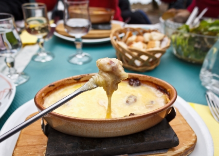 melted cheese: Cheese fondue