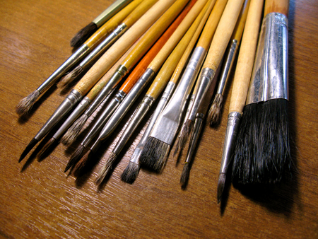 macro: Wooden brush paintbrushes artist drawing macro photo.