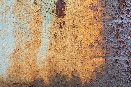 flaky: old rusty metal - flaky paint