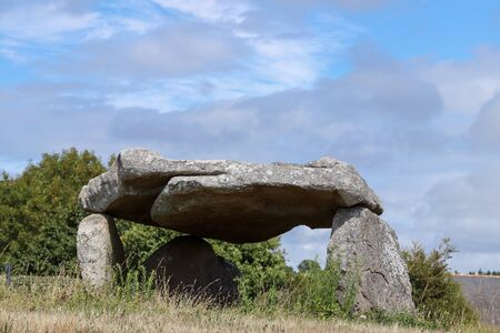Dolmen of Botlann - megalithic monument in Erdeven village, Brittany, France 版權商用圖片
