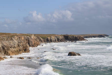 Natural cliffs on beautiful and famous coastline Cote Sauvage on peninsula Quiberon, Brittany, France 版權商用圖片